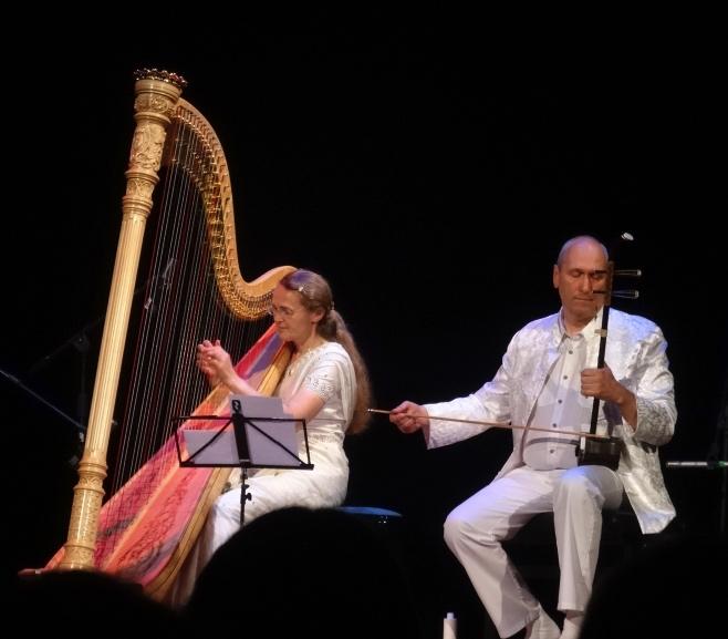 Koncert Mandu a Visuddhi Tummer